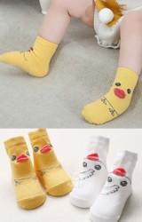 ถุงเท้าเด็กเป็ดน้อยน่ารักมีกันลื่น จาก Kacakid