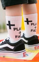 ถุงเท้าเด็กลายอักษร PLACE + FACES ไม่มีกันลื่น