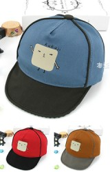 หมวกแก๊ปเด็กสกรีนรูปตุ๊กตาเหลี่ยมน่ารัก จาก KUKUJI