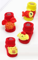 ถุงเท้าเด็กแบบหนาสีแดงแต่งการ์ตูนนูนน่ารัก