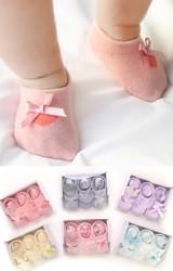 ถุงเท้าเด็กหญิง กล่อง 3 คู่ มีกันลื่น