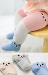 ถุงเท้าเด็กแบบยาวลายสลับสีหน้าหมีที่ขอบและด้านข้าง