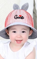 หมวกบัคเก็ตผ้าตาข่ายหูกระต่าย ปักอักษร GOOD จาก KUKUJI