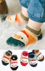 ถุงเท้าเด็กข้อสั้นหน้าเพนกวิน ถุงเท้าแบบฟูนิ่มๆ มีกันลื่น