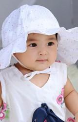 หมวกสายน้อยลายดอกจุดม่วงปีกกว้าง หมวกกันแดดเด็กน่ารัก