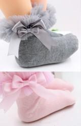 ถุงเท้าเด็กหญิงระบายผ้าโปร่งฟูแต่งโบว์หวาน
