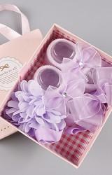 เซ็ตถุงเท้าเด็กมาพร้อมสายคาดผม โทนสีม่วง ถุงเท้าแต่งโบว์ สายคาดผมโบว์และดอกไม้ฟู