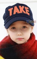 หมวกเด็ก TAKE แต่งตัวอักษรฟูๆ หมวกเด็กแนวเกาหลี