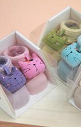 ถุงเท้าเด็กแต่งการ์ตูนแมวนูนน่ารัก กล่อง 2 คู่