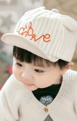 หมวกแก๊ปเด็กลายทางปักมิกกี้อักษร Love แต่งหูน่ารัก GZMM