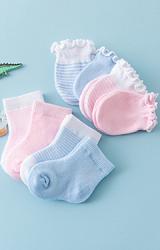 ถุงเท้าและถุงมือเด็กเล็ก  แพ็ค 4 คู่