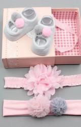 เซ็ตถุงเท้าเด็กมาพร้อมสายคาดผม ถุงเท้าแต่งปอม สายคาดผมดอกไม้และแต่งปอมปอม