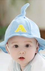 หมวกปีกรอบยอดแหลม ปักอักษร A จาก TUTUYA