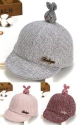 หมวกเด็กด้านบนแต่งกระต่ายนูนลายตาราง