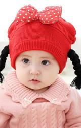 หมวกไหมพรมสาวน้อยแต่งโบว์นูนลายจุด เปียห้อยน่ารัก