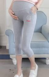 กางเกงเลคกิ้งคลุมท้อง ขา 4 ส่วน ปักรูปยิ้ม