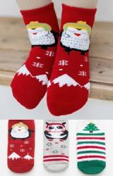 ถุงเท้าเด็กเซ็ตปีใหม่(C028) แบบหนาแพ็ค 3 คู่ สี แดง เทา และ เขียว