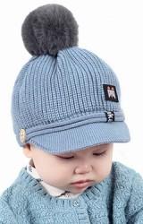 หมวกแก๊ปไหมพรมด้านบนแต่งปอมขนมิ้งน่ารัก