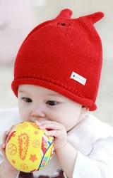 หมวกไหมพรมหูกระต่ายเล็ก ด้านบนปักหน้ายิ้มน่ารัก TUTUYA
