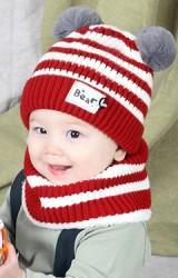 เซ็ตหมวกไหมพรมเด็กลายขวางแต่งปอมขนมิ้งค์มาพร้อมผ้าสวมคอ