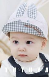 หมวกแก๊ปกระต่ายยิ้ม หูและใต้ปีกลายตาราง TUTUYA