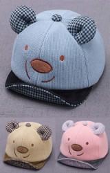 หมวกแก๊ปหมีหูนูน แต่งใต้ปีกและหูด้วยผ้าลายตาราง