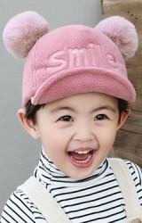 หมวกแก๊ปปัก smile แต่งปอมปอมขนมิ้งKUKUJI