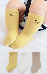 ถุงเท้าเด็กแพ็ค 3 คู่ 3 สี ลายหน้าแมว