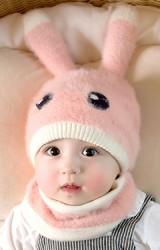 เซ็ตหมวกกระต่ายน้อยขนฟู Winter Bunny มาพร้อมผ้าสวมคอ GZMM