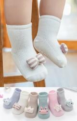 ถุงเท้าเด็กแต่งหัวตุ๊กตาน่ารัก ข้อสั้น มีกันลื่น robibabi
