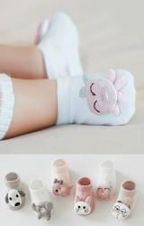 ถุงเท้าเด็กแต่งตุ๊กตานูนน่ารัก แบบขัอสั้น มีกันลื่น