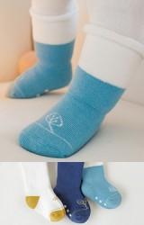 ถุงเท้าเด็กแบบหนาแพ็ค 3 คู่ 3 สี ลายต้นกล้าและดอกหญ้า