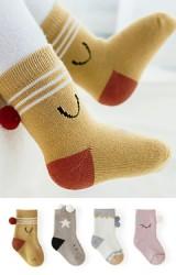 ถุงเท้าเด็กแต่งปอมปอมน่ารัก ข้อสั้นแบบหนา