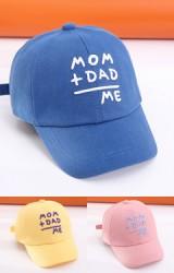 หมวกแก๊ป ปัก MOM + DAD = ME