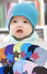 หมวกเด็กสกรีนรูปดาว แบบเรียบๆ ใส่ได้บ่อยๆ